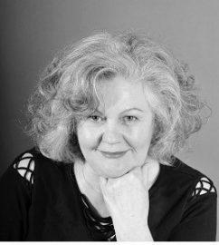 Ingrid Zeller<br /> Vorstand/ Kassenwartin<br /> (Unternehmerin, Elternkursleiterin)